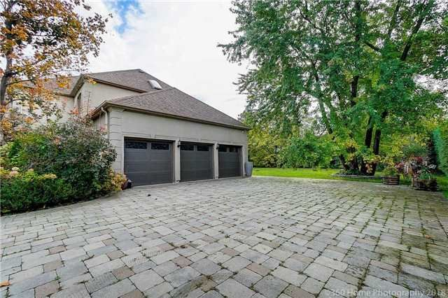 2 Hyde Park Circle for sale