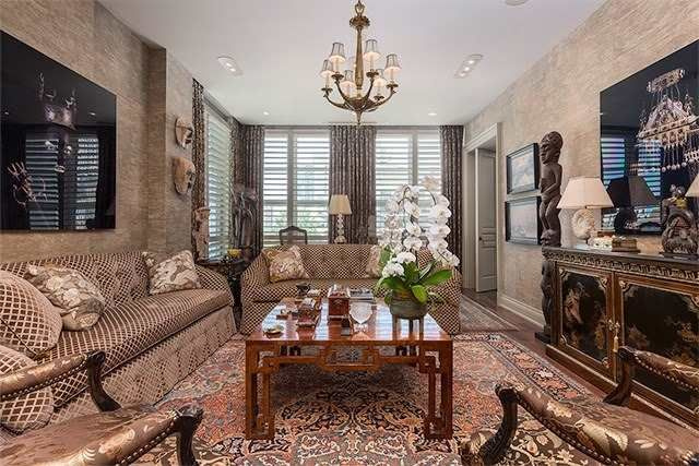 602-118 Yorkville Avenue for sale