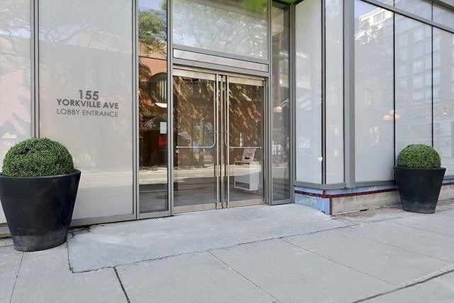 2907-155 Yorkville Avenue for sale