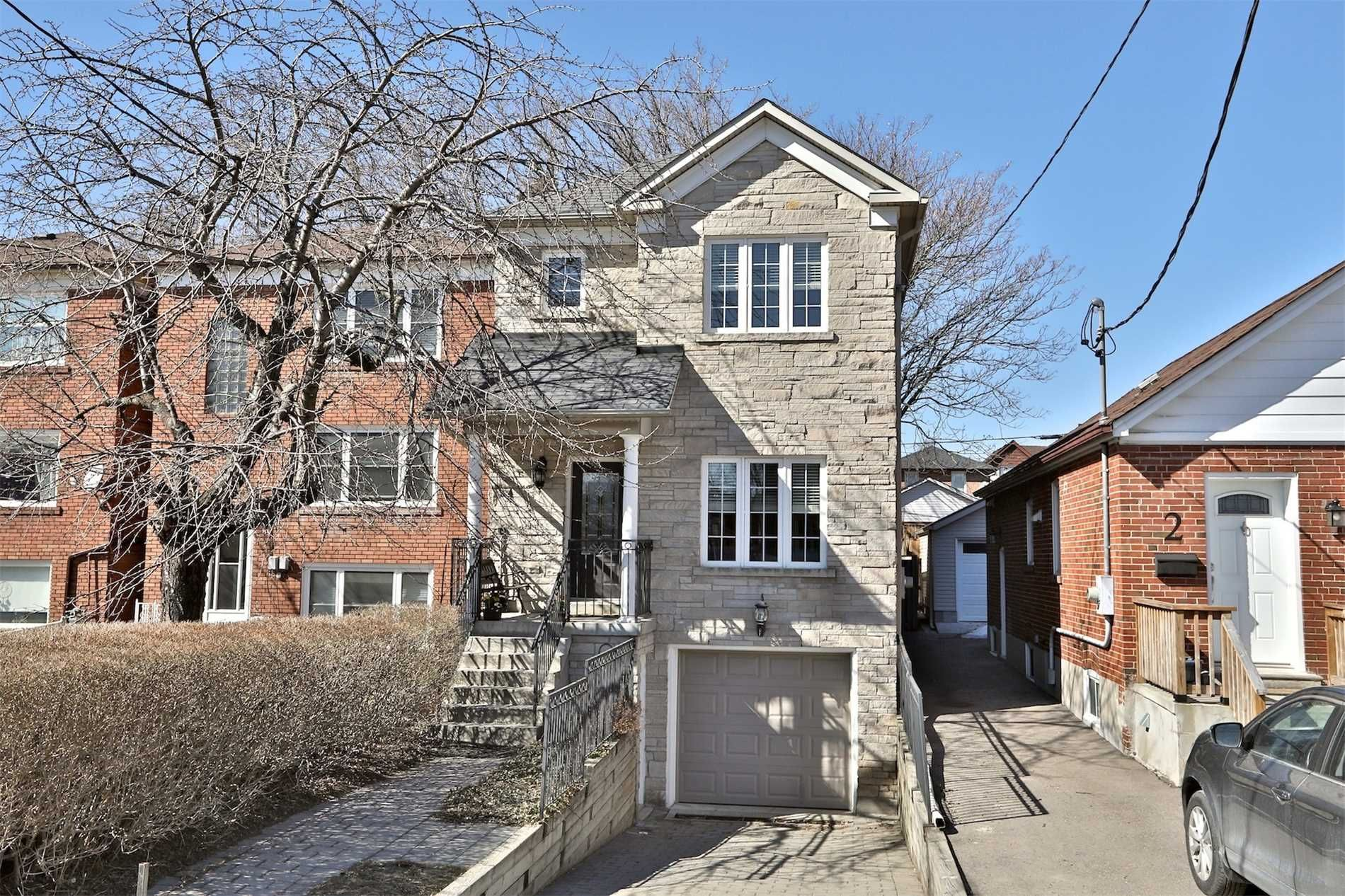 home for sale at 4 Coates Avenue