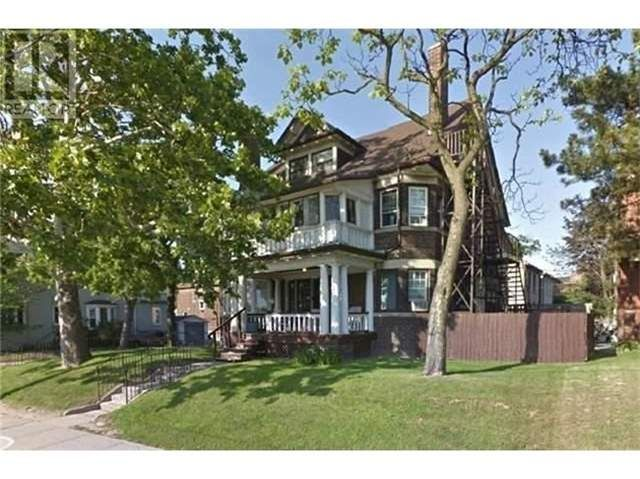 home for sale at 537 Broadview Avenue