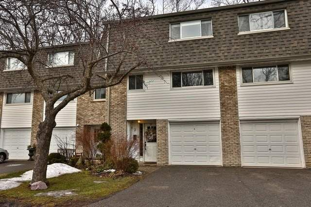 2-1270 Gainsborough Drive for sale