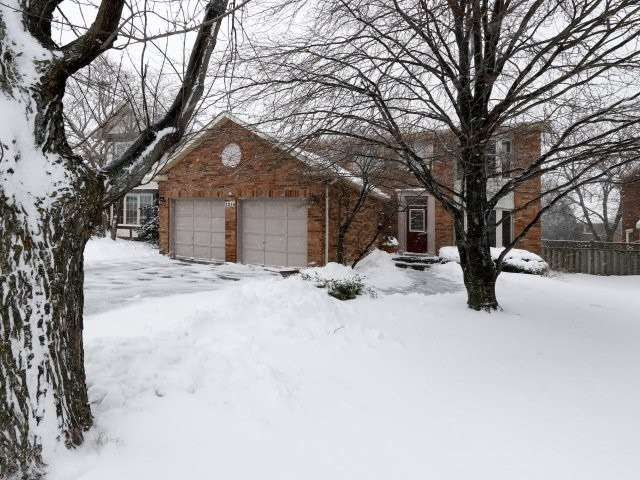 1218 Valleybrook Drive for sale