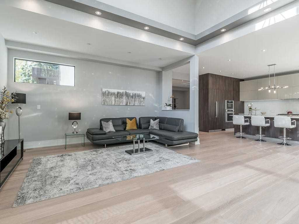 458 Jeanette Drive for sale