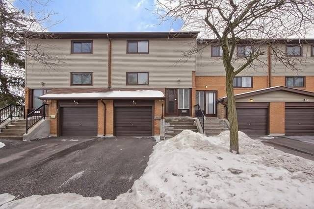 25 Carleton Place for sale